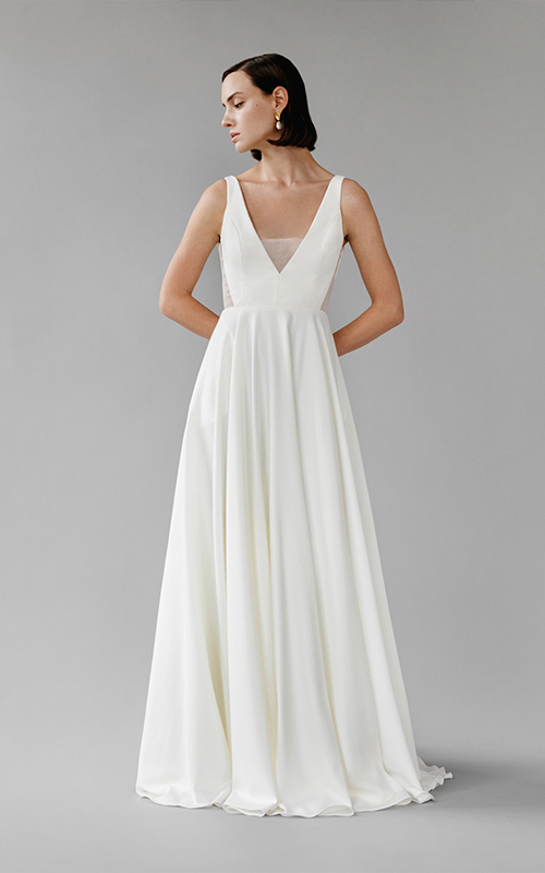 Revelle Bridal Boutique Ottawa - Bridal Dress Collections - Aesling