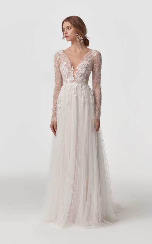Revelle Bridal Boutique Ottawa - Bridal Dress Collections - Anna Kara