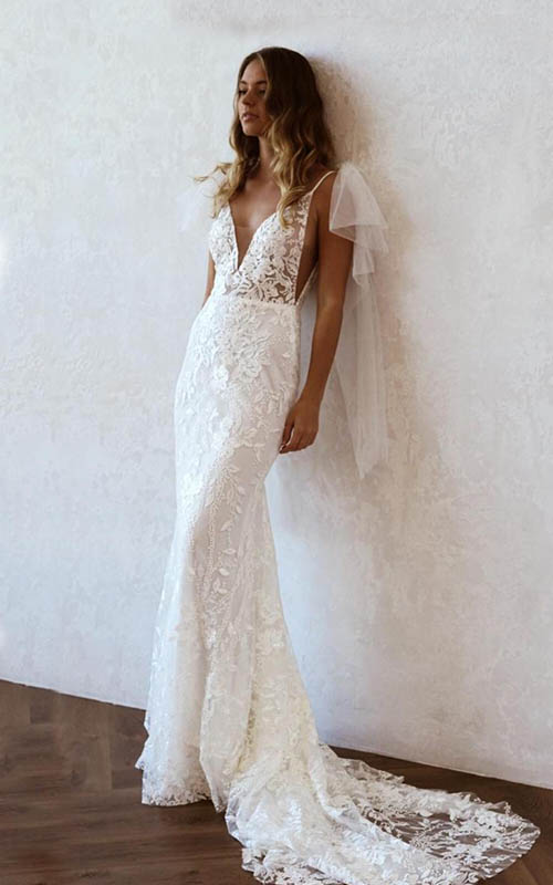 Revelle Bridal Boutique Ottawa - Bridal Dress Collections - Emmy Mae