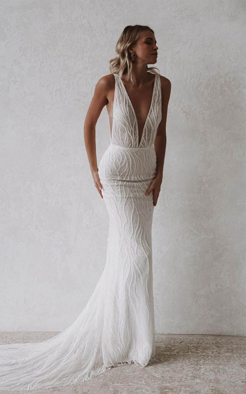 Revelle Bridal Boutique Ottawa - Bridal Dress Collections - Made With Love