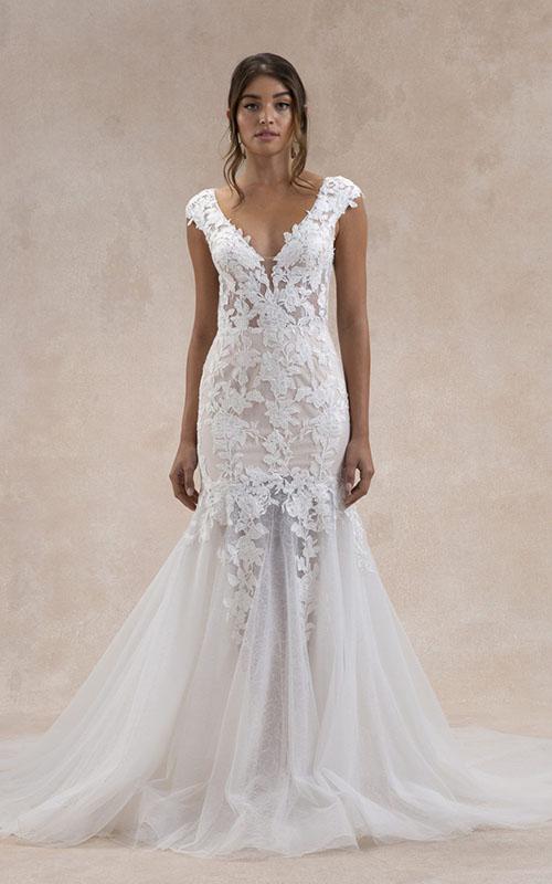 Revelle Bridal Boutique Ottawa - Bridal Dress Collections - Tara Lauren