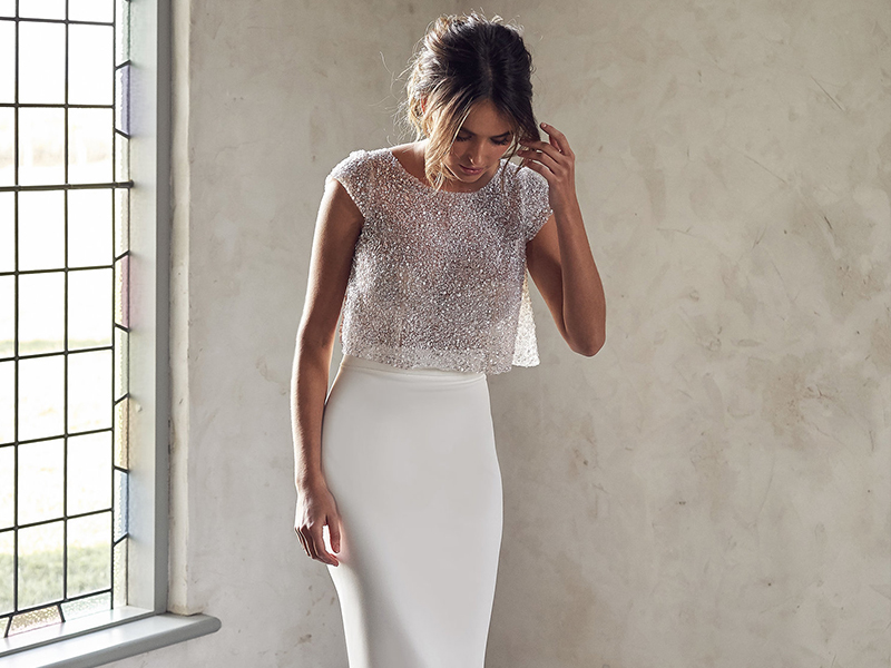 Anna Campbell Trunk Show Revelle Bridal Meadow Topper Modern Bride