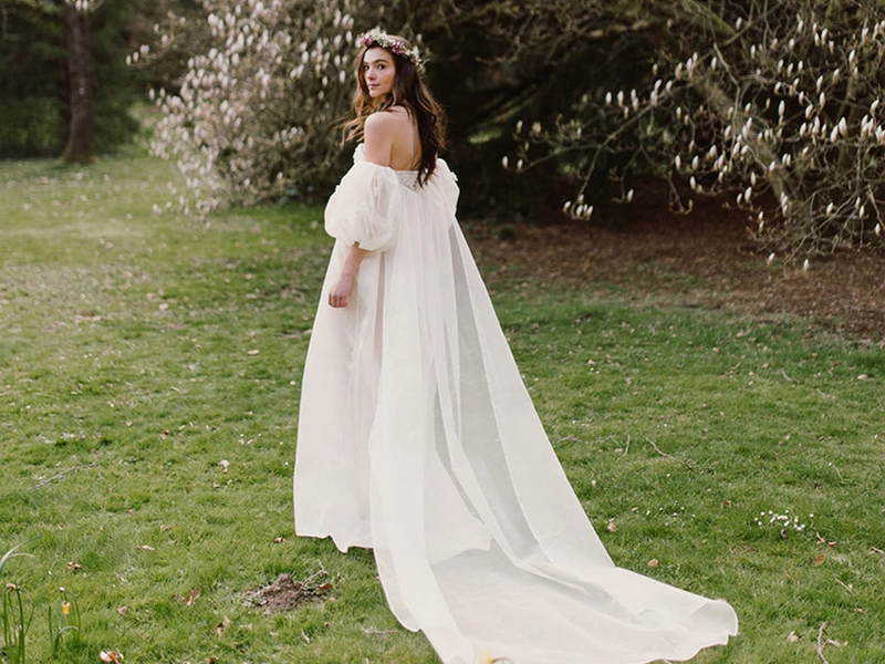 OM couture Trunk Show Revelle Bridal Veil Wedding Gown Designer Fashion Wedding Dress